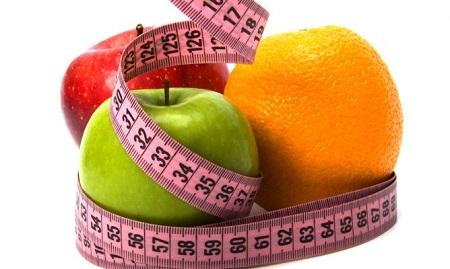 ¿Por qué mi báscula indica que estoy en el peso ideal y yo me veo con exceso de volumen? Conoce la mejor dieta para perder volumen