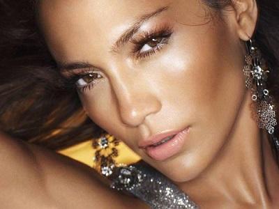 El secreto de los iluminadores para una piel perfecta