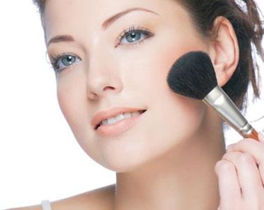 Pautas para aplicar la base de maquillaje