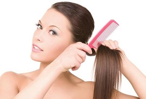 El mejor truco para disimular el cabello sucio es….