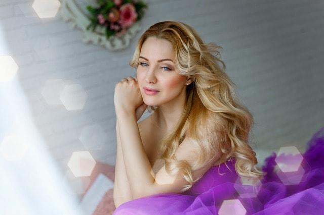 Uso de pelucas oncológicas en verano – Las mejores pelucas oncológicas para combatir el calor